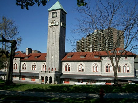 The Mount Royal Station